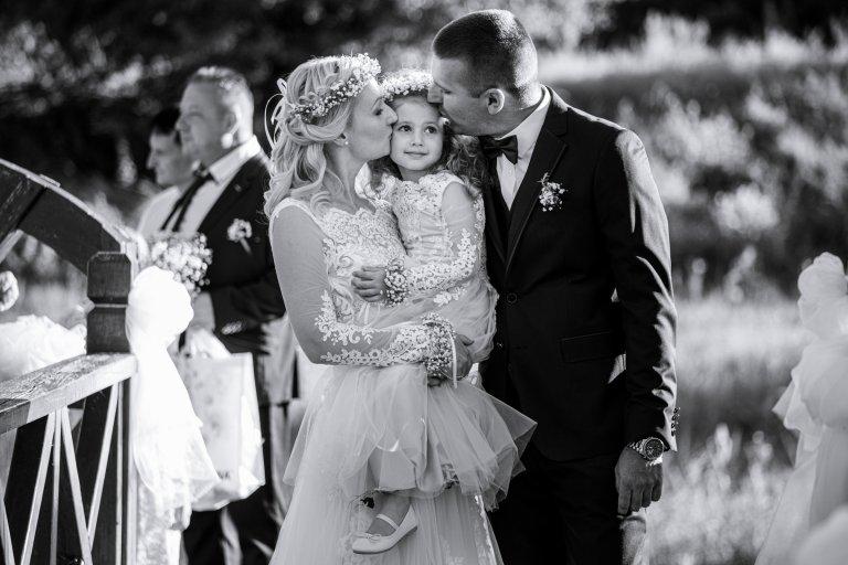 Barbi_és_Gábor_esküvő_Berkenye_20200821_válogatás sorozat_00095